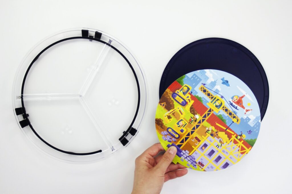 adding construction activity card to clear round plate